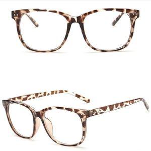 Cheetah Frames Clear Lenses Glasses NWOT